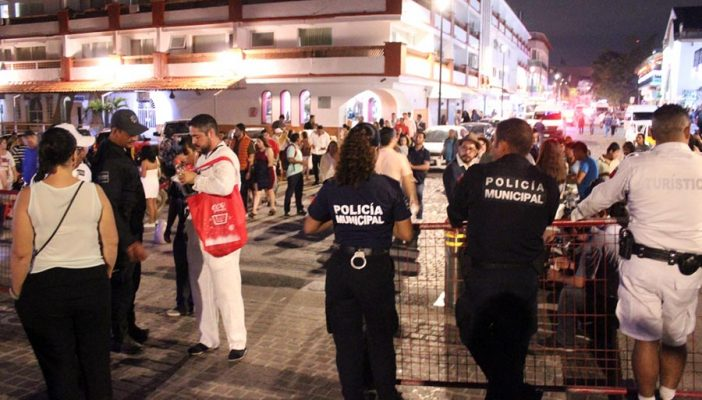 Opiniones divididas por retenes en el malecón de Puerto Vallarta