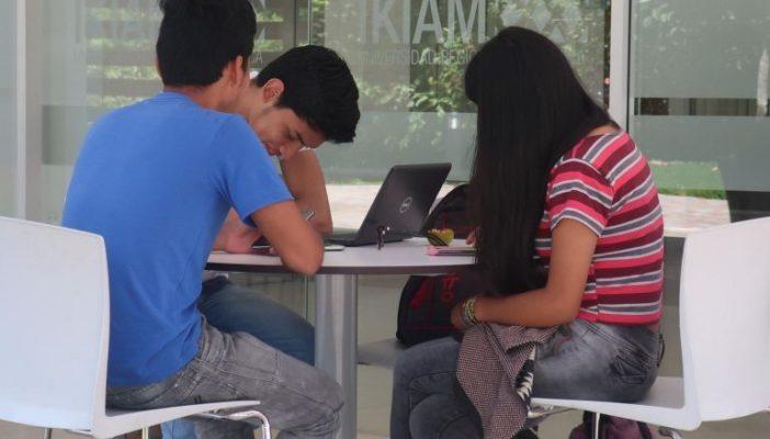 Entran ocho de 10 a prepas y tres de 10 a licenciaturas de la UdeG