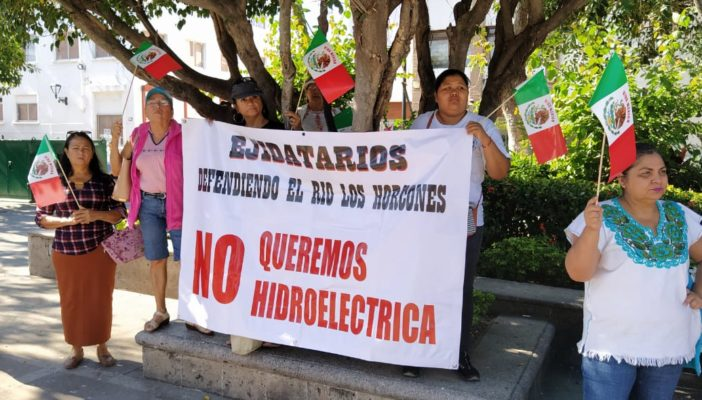 Ignora Dávalos a ciudadanos de Boca de Tomatlán