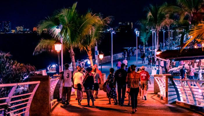 Hasta 10 mil pesos a trabajadores de la vida nocturna en Vallarta