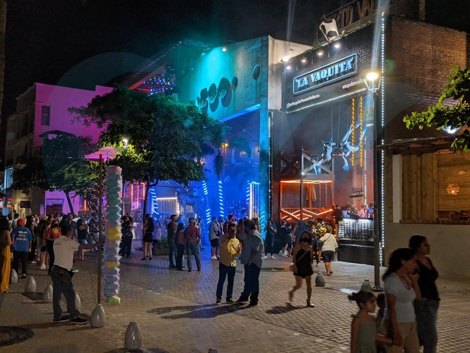Podrían reabrir antros y bares en Jalisco a partir de mañana
