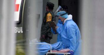 México sumó más de 17 mil casos nuevos este martes