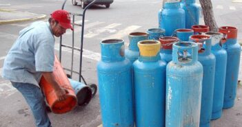 Empresas gaseras amenazan con paro por regulación de precios