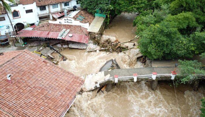 Inicia la reconstrucción del puente del Río Cuale