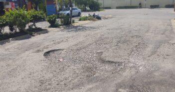 Enormes baches y falta de recolección de basura, el reto en Valle Dorado