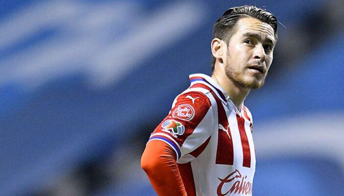 Asaltan y secuestran a futbolista de Chivas