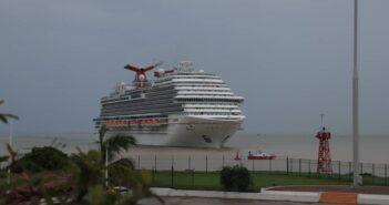 Llega cuarto crucero con turistas a Puerto Vallarta
