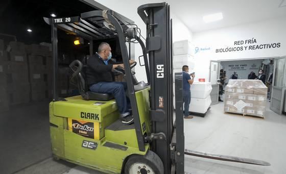 Recibe Jalisco el cargamento de vacunas más grande del año