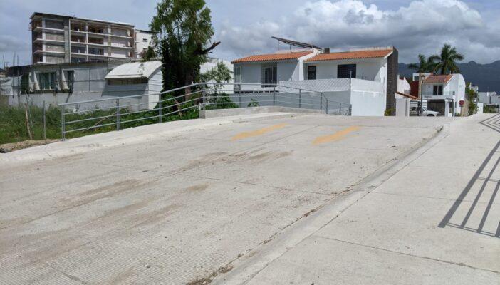 Abren, solo en un sentido, el puente de Fluvial Vallarta