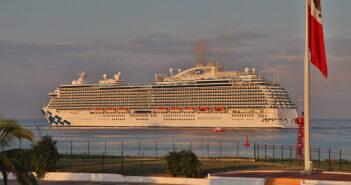 Llega por primera vez a Vallarta el crucero Princess Majestic