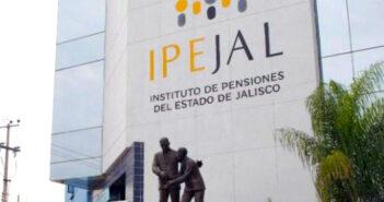 Funcionarios se amparan para seguir recibiendo sus 'pensiones doradas'